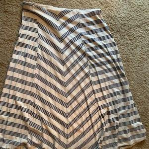 womens XL striped maxi skirt